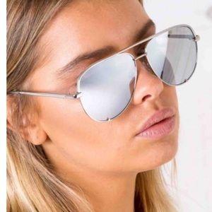 NWOT | High Key Quay silver mirror sunglasses